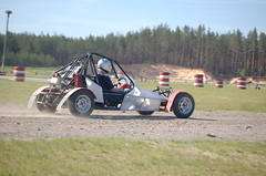 auto racing, automobile, go-kart, racing, vehicle, sports, race, off road racing, motorsport, off-roading, sprint car racing, autocross, race track, sports car,