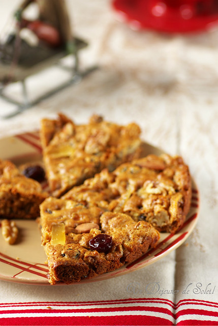 Zelten - Christmas cake with dried fruits
