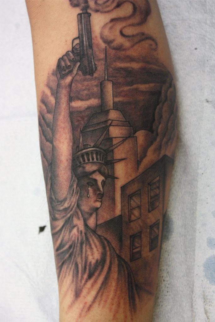 Statue of liberty tattoo by jon poulson a photo on for Statue of liberty tattoo