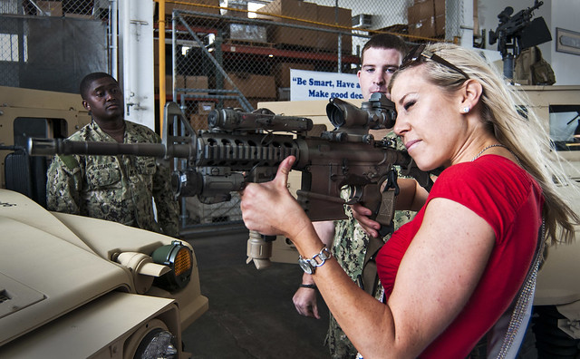 Pearl (MS) United States  city pictures gallery : Miss United States tours MSDU 1. | PEARL HARBOR Dec. 20, 20 ...