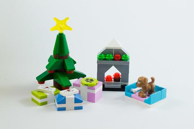 LEGO Friends Advent Calendar 2012: Day 23   The LEGO woman