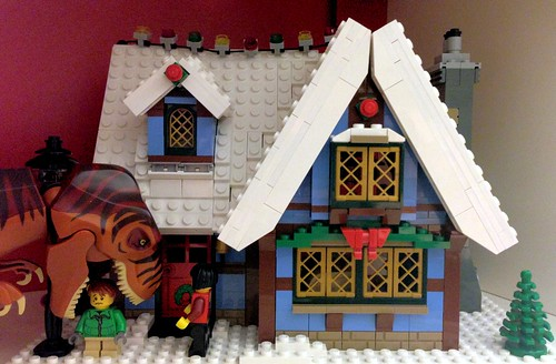 Lego Winter Cottage (under attack)