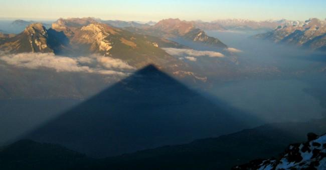 Niesen – lanovkou na švýcarskou pyramidu