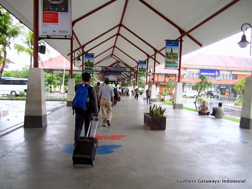bali-denpasar-airport.jpg