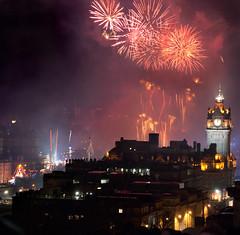 Edinburgh Hogmanay New Year Fireworks 2013
