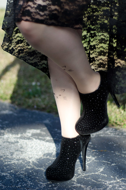Sparkly Booties!