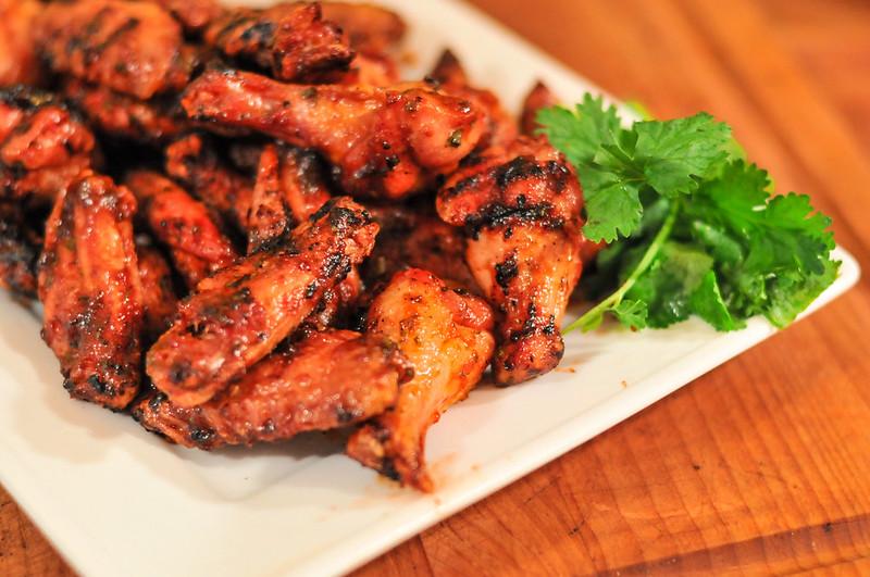 Sriracha Hot Wings