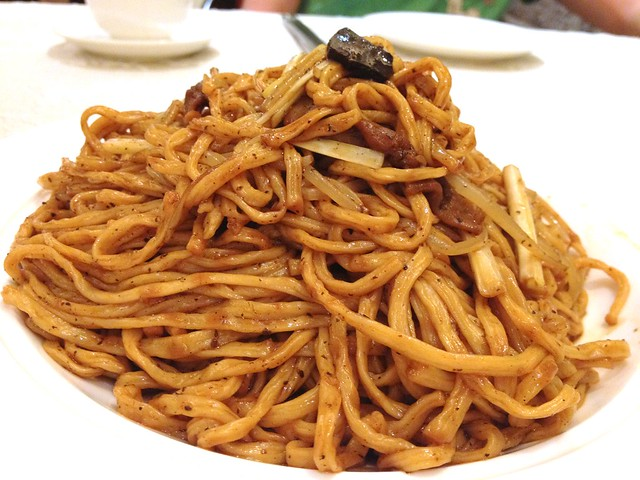 Stir Fried Noodles with Black Truffle