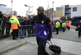 Abou Diaby walks into Emirates Stadium