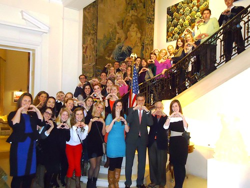 University of Missouri, HUB students, and EU, Belgian Deaf Students Society Meet at EducationUSA Reception in Brussels
