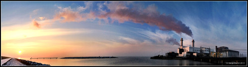 sunset sky panorama netherlands clouds zonsondergang cloudporn flevoland lelystad iphone markermeer wolkenlucht iphonography iphoneography lelystadgeeftlucht amazingiphoneography
