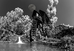 Crystal Mill Full Moon