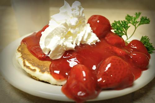 pancakes breakfast yum strawberries whippedcream oink burp comfortfood indulge ziggypiggy breakfastclub ibetterworkoutaftereatingthis