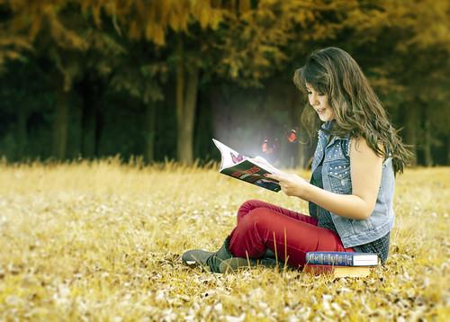 Photo:Magic Book :: Libro Mágico By:Nhoj Leunamme == Jhon Emmanuel
