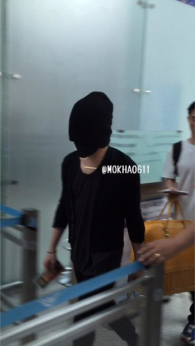 Big Bang - Incheon Airport - 29may2015 - G-Dragon - MOKHA0611 - 02