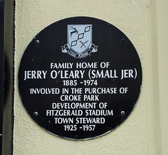 Photo of Jerry O'Leary black plaque