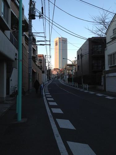 あの高層ビルの下が新国立劇場 by haruhiko_iyota