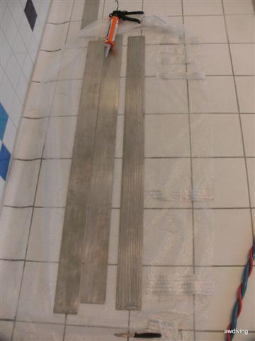 RVS strippen onderwater aanbrengen