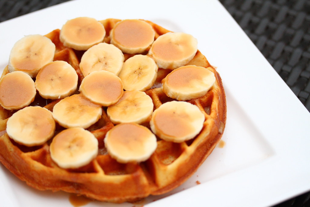 Bliss Restaurant: Sea Salt Caramel Banana Waffle