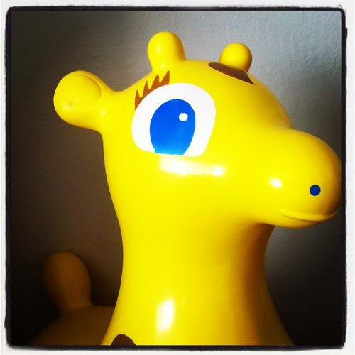 Gyffy the Giraffe Inflatable Toy Rody