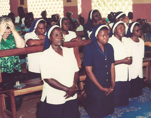 August 24, 2001. The new mission in Benin. The pioneer sisters are pictured in the front row (from left to right): Patricia Ebegbulum SSL (provincial leader), Maria Ilo SSL (pioneer), Josephine Tiav SSL (pioneer), and Mary Ogunjobi SSL (pioneer)