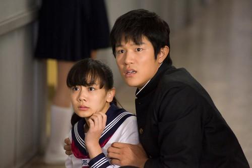 130214(2) - 『勇者義彥』導演打造究極變態電影《HK 変態仮面》(HK 瘋狂假面)將在4/13上映,海報&預告一同出爐! (2/2)