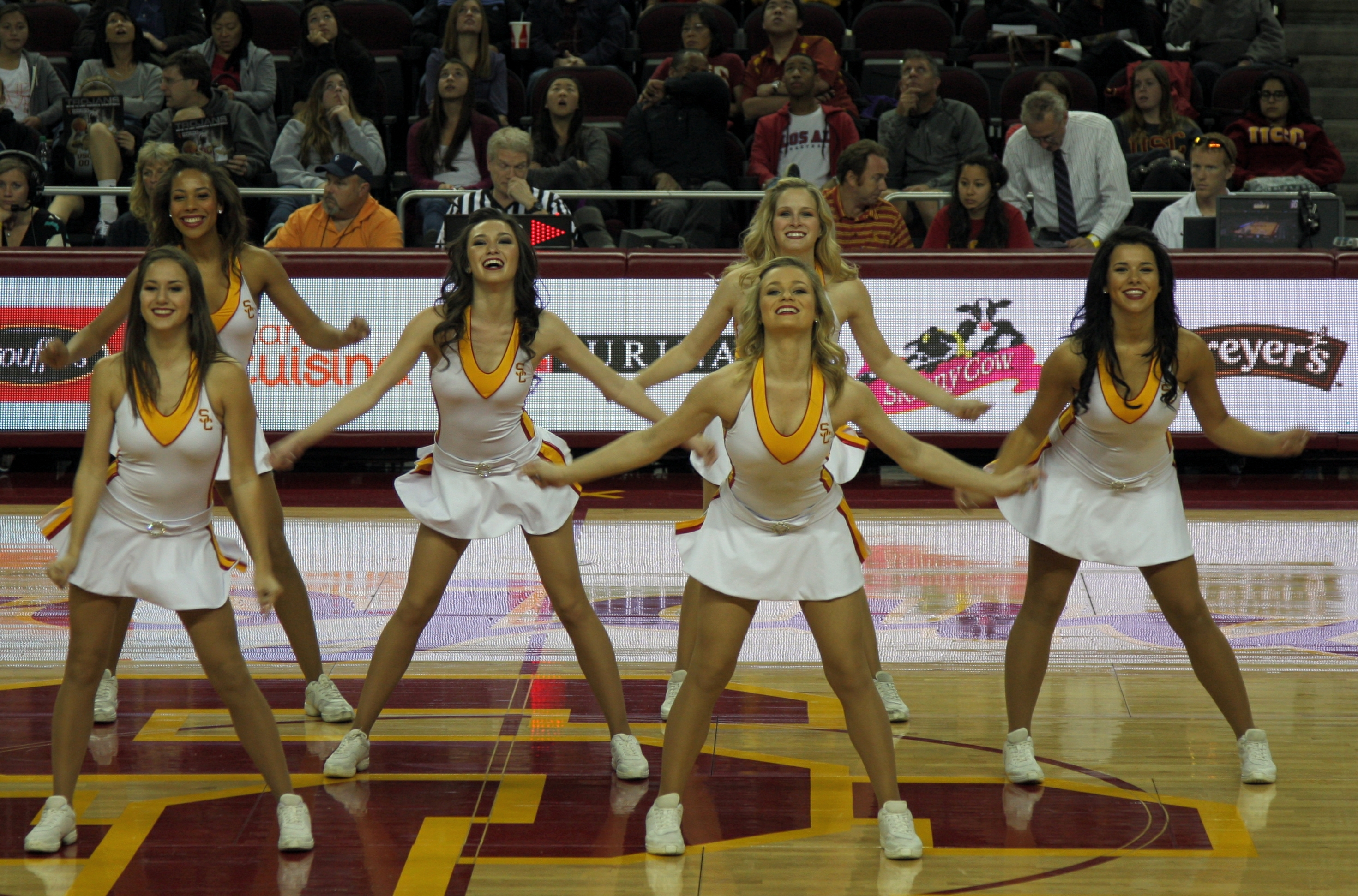 Afternoon delight: USC Song Girls video: USC Blog: Orange County ...