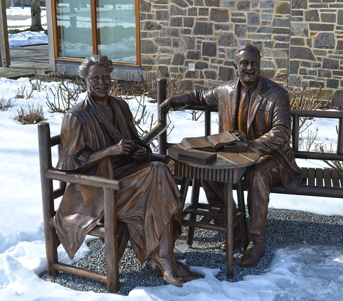 Statues - Senator Robert Kerr Memorial Garden - Henry Wallace Welcome Center - Springwood Estate - Hyde Park NY - 2013-02-17