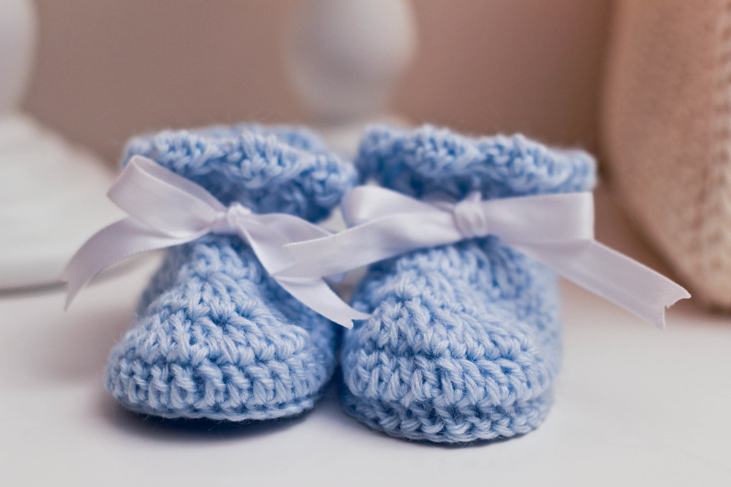 blue baby booties crochet