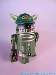 Green R2-Series Astromech Droid