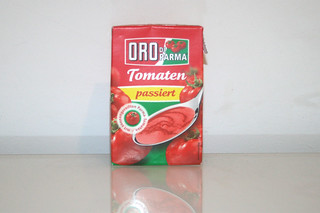 06 - Zutat passierte Tomaten / Ingredient sieved tomatoes