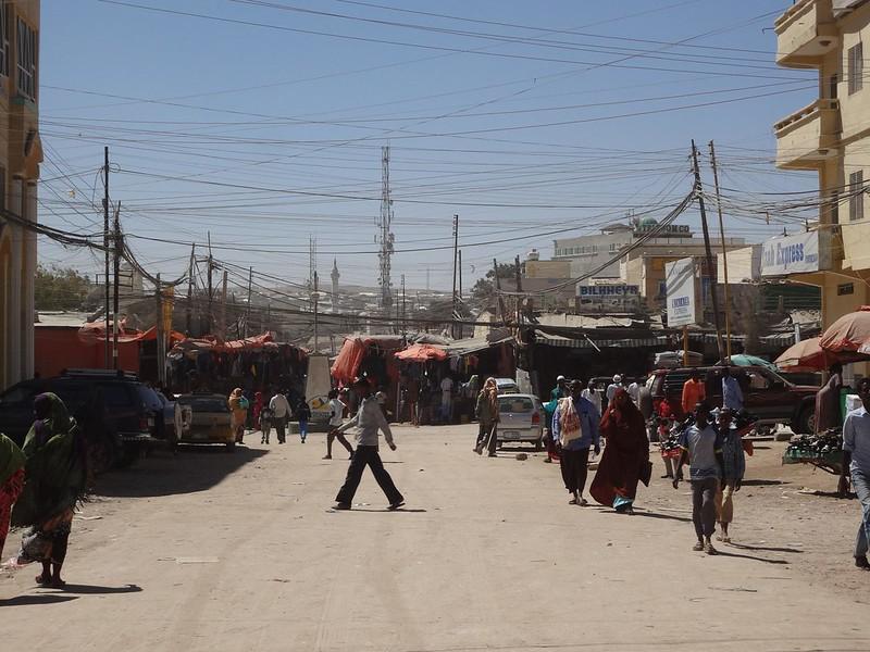 Uma rua no centro de Hargeisa