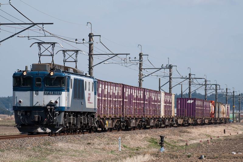 76レ EF64-1025