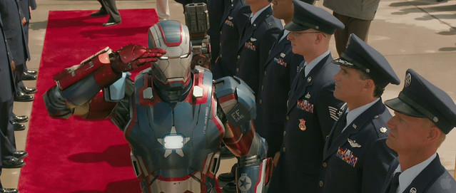 IRON-PATRIOT-IRON_MAN_3_TRAILER2-SCREEBGRAB-1