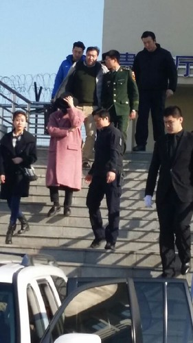 Big Bang - Harbin Airport - 21mar2015 - 蒙古酸奶權志龍 - 05