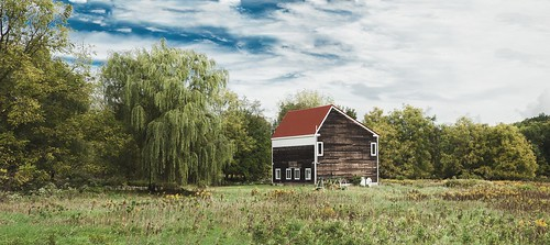 anthony papa photos grass green tumblr vintage matte film digital amazing depth composition canon5dmkii 24105mm barn willow tree old blue sky clouds rural nature landscape photography digitalrev white art travel new jersey glenwood nj