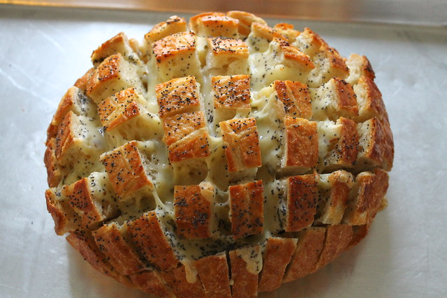 """Blooming onion"" bread"