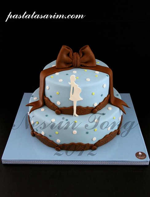 baby shower cake (Medium)
