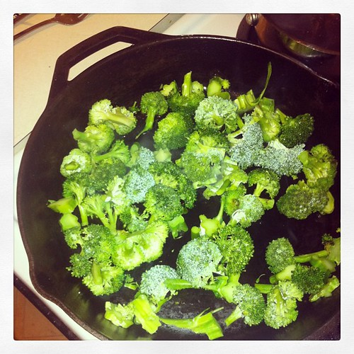 ... and straight into the skillet literally within a few minutes of picking. 12/2012 #veggies #healthyliving #goodformeeating #food #lifeatwewillgo #blessings