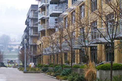 Rowhouses at Base of Apartment Building, South Waterfront (cropped)