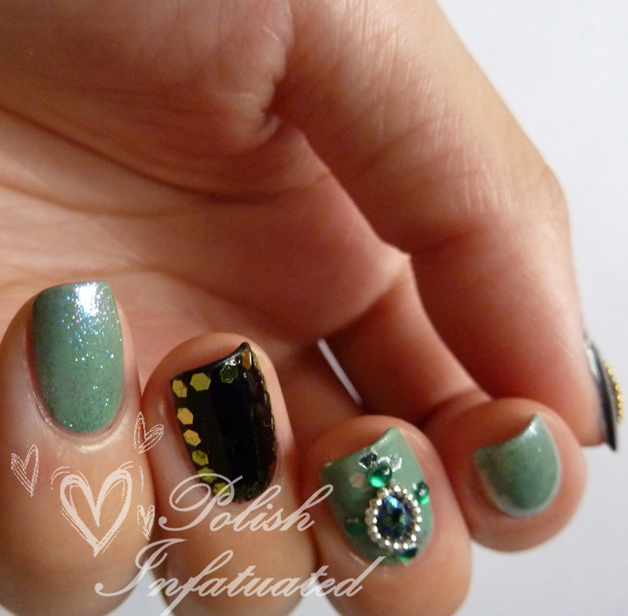 green jewelled nails2