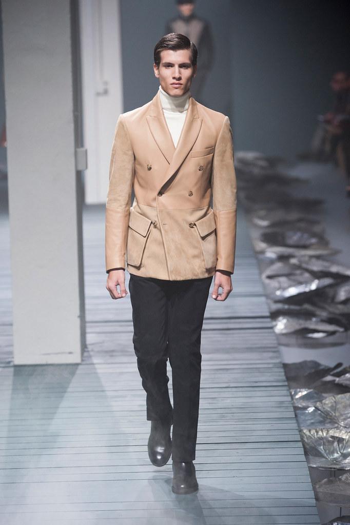 FW13 Milan Corneliani035_Adrian Cardoso(fashionising.com)