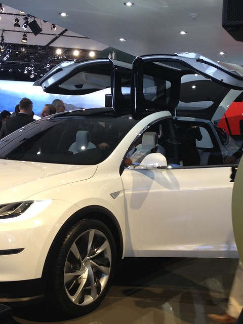 Apple Tesla Want Changes To California S Self Driving Car Tests