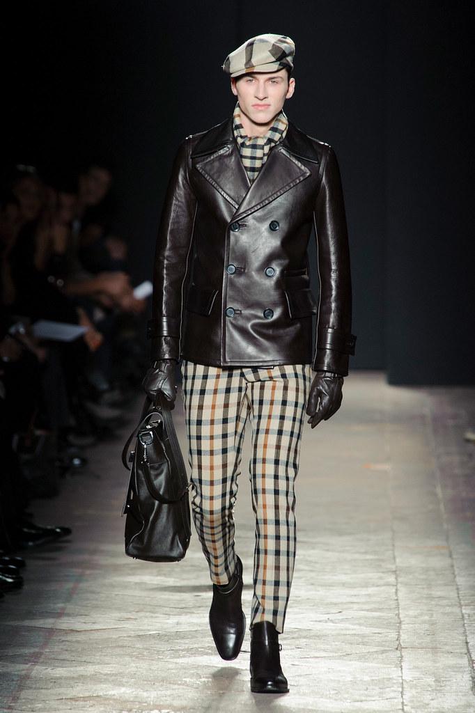 FW13 Milan Daks020(fashionising.com)