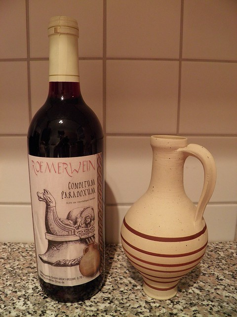 Conditum paradoxum - Ancient red wine from Apicius