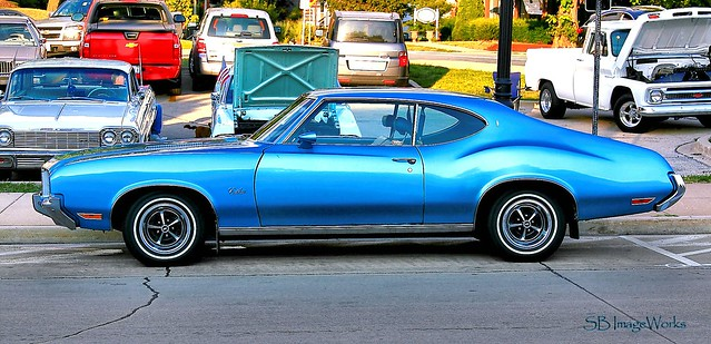 sky blue Cutlass