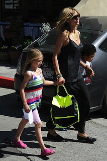Heidi Klum Neon Handbag Celebrity Style Women's Fashion