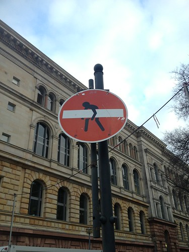 Take up your dash and walk. Berlin. by despod