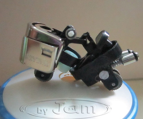 tiny little motorcycle made from lighter  LIGHTERCYCLE  bagaimana sepeda motor dari ringan    la forma de la motocicleta de encendedor   wie man Motorrad aus leichter  la forma de la motocicleta de encendedor    मोटरसाइकिल के लिए लाइटर से कैसे