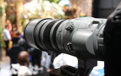 EF200-400mm_01